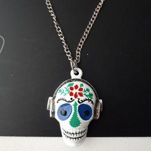 Zara Chain Skull Necklace